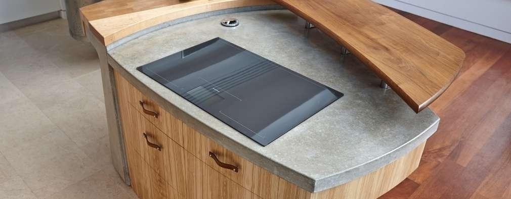 modern Kitchen by Johnny Grey