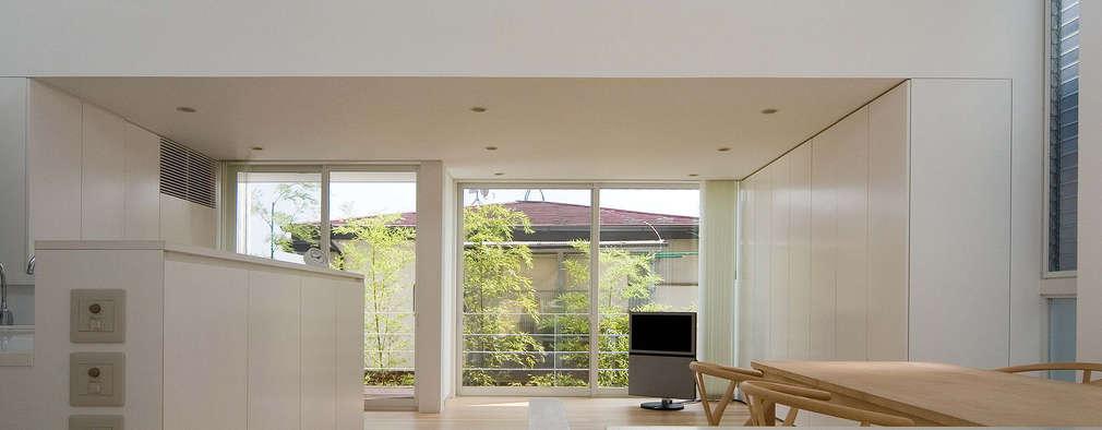 modern Living room by 株式会社 アーキショップ 一級建築士事務所