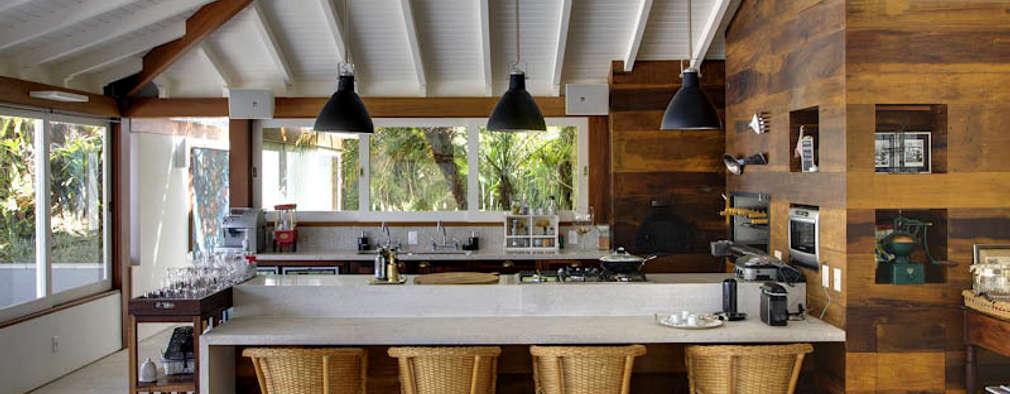 Raquel Junqueira Arquitetura: kırsal tarz tarz Mutfak
