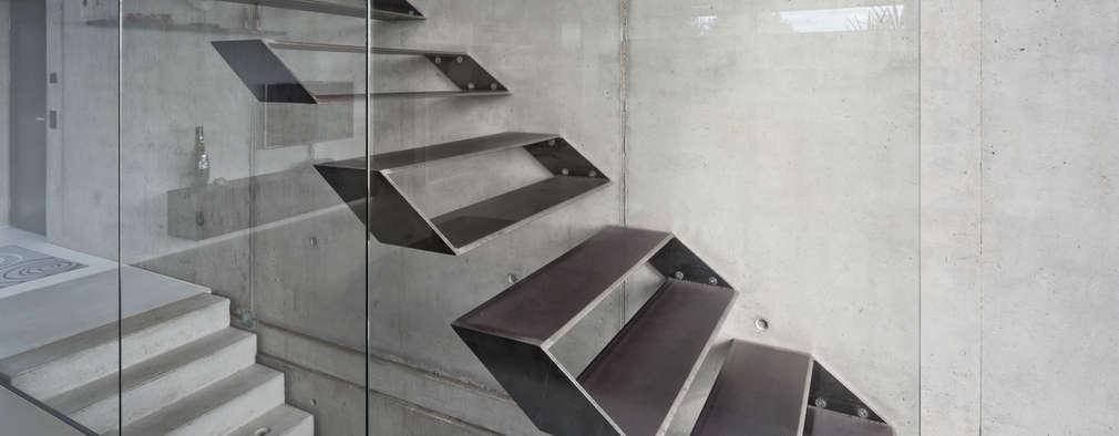 20 treppen die auch in kleinen h usern ganz gro rauskommen. Black Bedroom Furniture Sets. Home Design Ideas