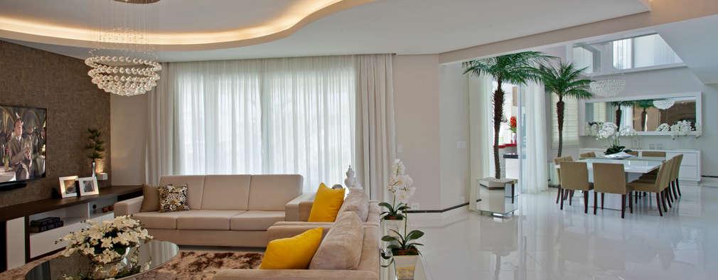 Гостиная в . Автор – Designer de Interiores e Paisagista Iara Kílaris