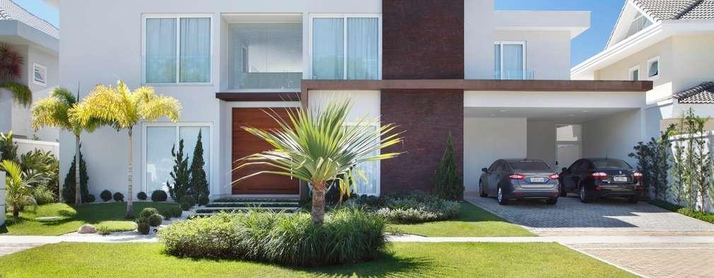 منازل تنفيذ ANGELA MEZA ARQUITETURA & INTERIORES
