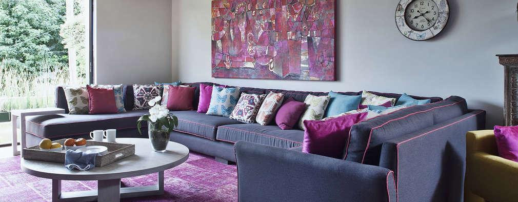 Salas multimedia de estilo moderno por MARIANGEL COGHLAN