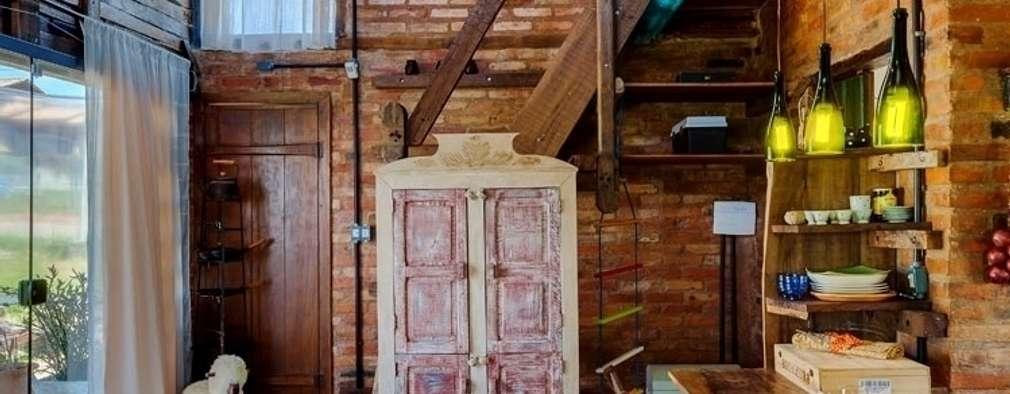 Salon de style de style Rustique par Ferraro Habitat