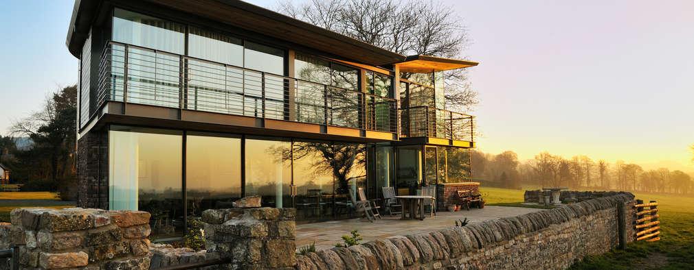 Terrazas de estilo  de Hall + Bednarczyk Architects
