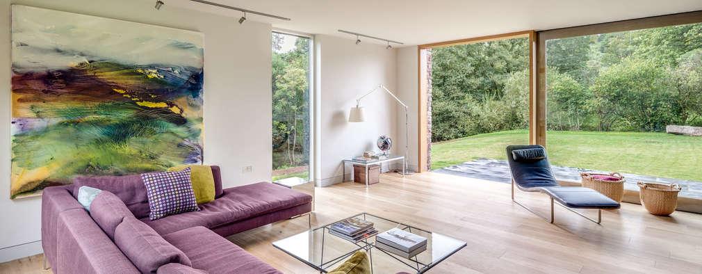 moderne Woonkamer door Hall + Bednarczyk Architects