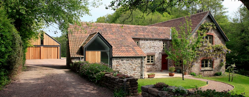 Projekty, wiejskie Domy zaprojektowane przez Hall + Bednarczyk Architects