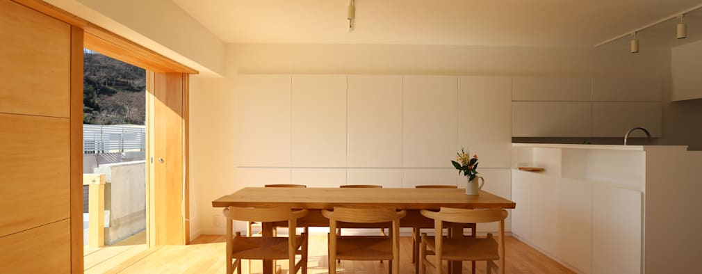 ห้องนั่งเล่น by 鈴木隆之建築設計事務所
