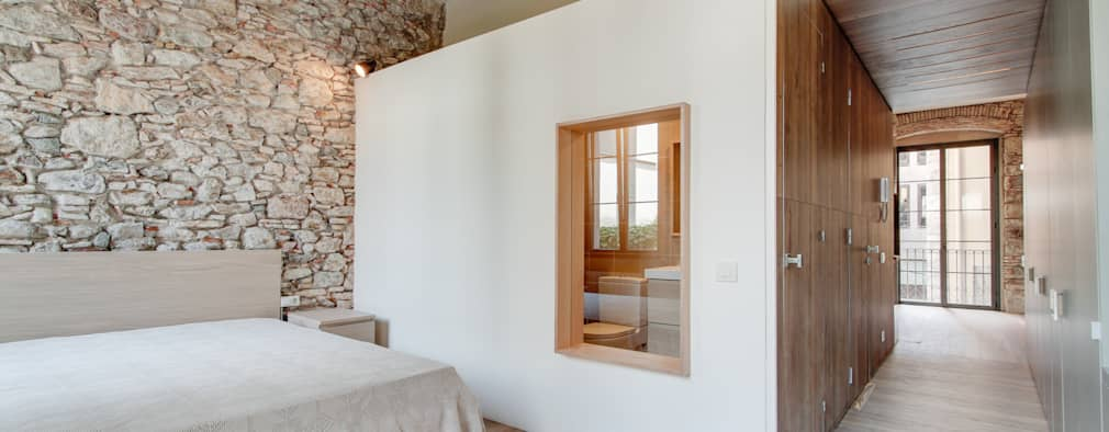 Спальни в . Автор – Lara Pujol  |  Interiorismo & Proyectos de diseño