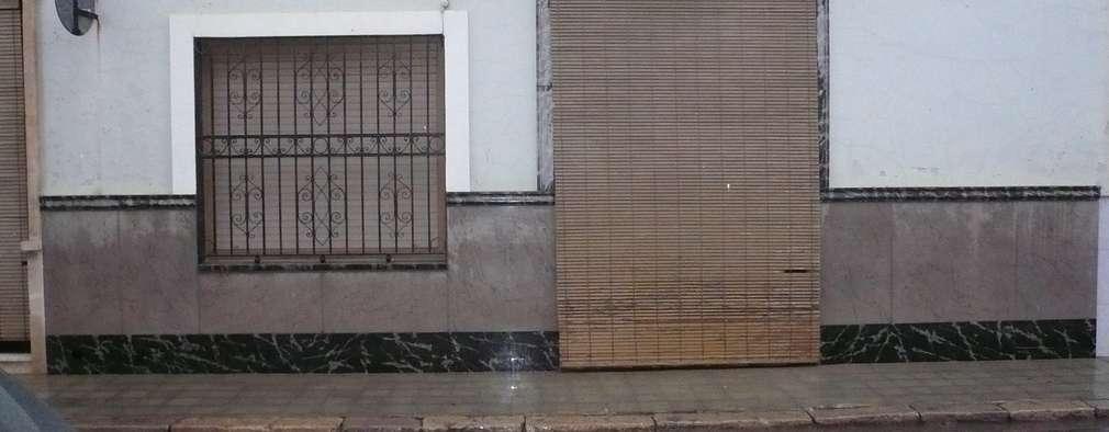 Casas de estilo moderno por Aris & Paco Camús