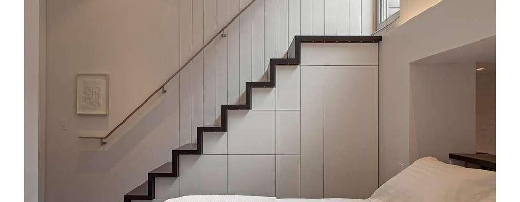 Couloir et hall d'entrée de style  par Specht Architects
