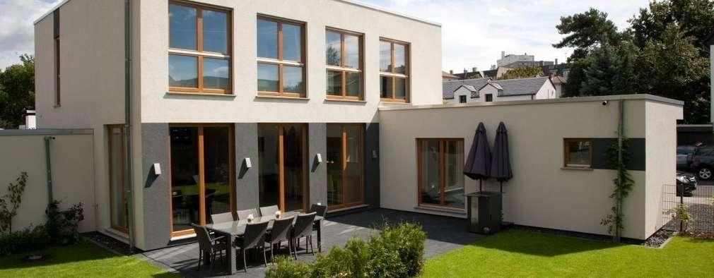 Casas de estilo moderno por RENSCH-HAUS GMBH