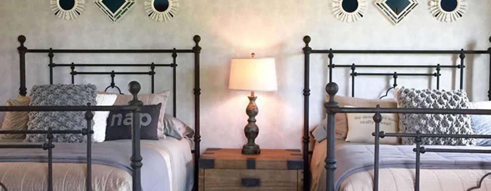 Dormitorios de estilo colonial por MARIANGEL COGHLAN