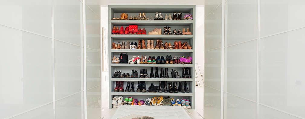 modern Dressing room by HollandGreen