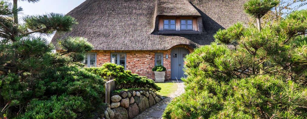 Projekty, klasyczne Domy zaprojektowane przez Ralph Justus Maus Architektur