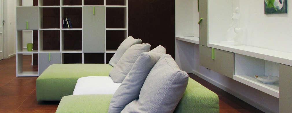 Ruang Keluarga by Studio Proarch