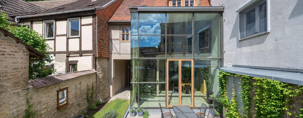 Maisons de style de style Classique par qbatur Planungsgenossenschaft eG