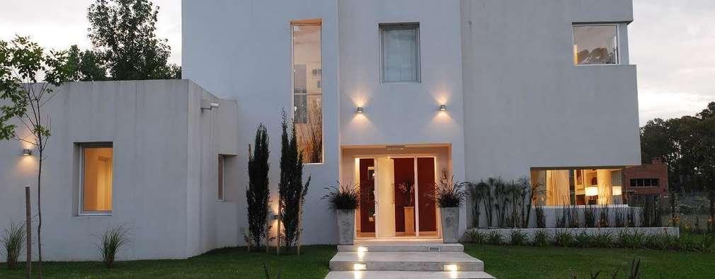 منازل تنفيذ Estudio de Arquitectura Clariá & Clariá