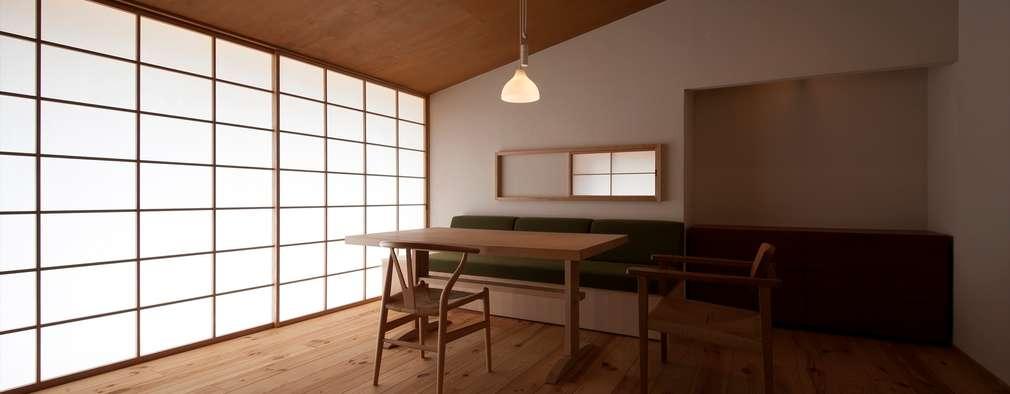 ห้องนั่งเล่น by 宇佐美建築設計室