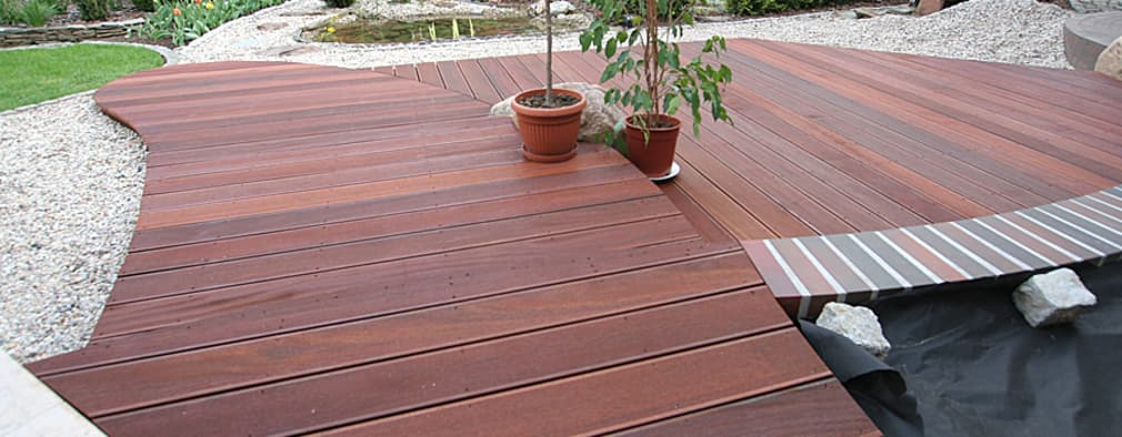 14 ideas para poner piso de madera en tu patio y que se for Pisos para patios interiores