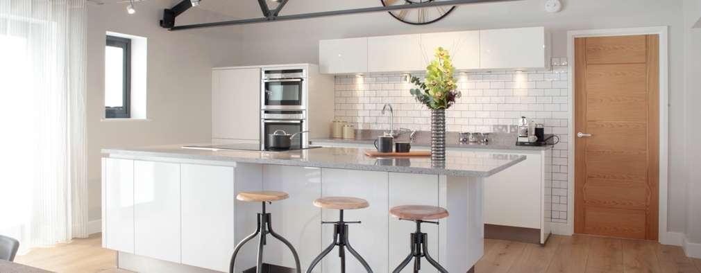 14 ideas sencillas para renovar las paredes de tu cocina for Cocinas sencillas