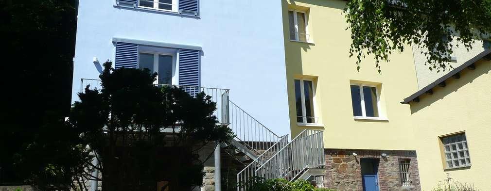 Rückansicht: klassische Häuser von Architekt Dipl.Ing. Udo J. Schmühl