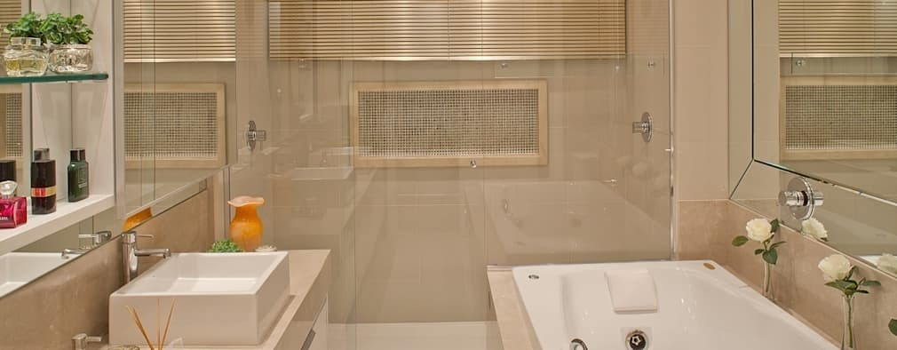 Projekty,  Łazienka zaprojektowane przez Mariane e Marilda Baptista - Arquitetura & Interiores