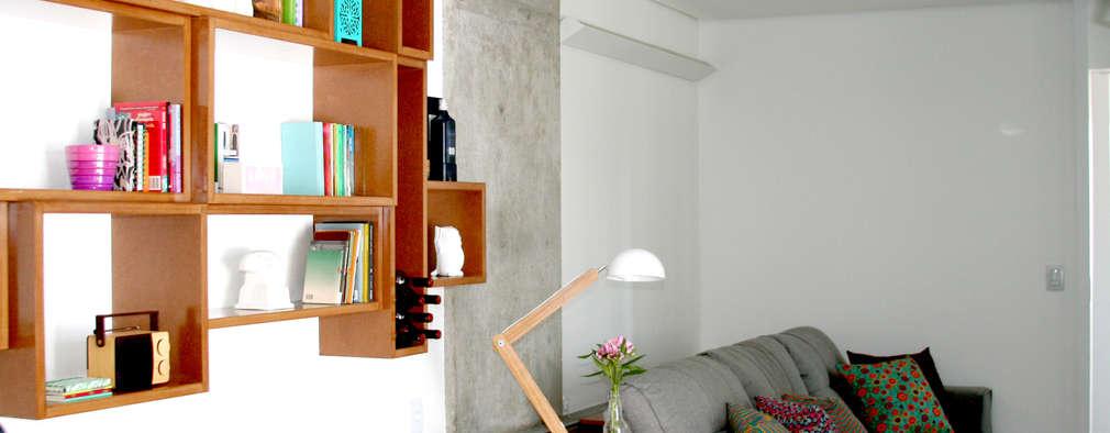 Salas / recibidores de estilo moderno por verso arquitetura