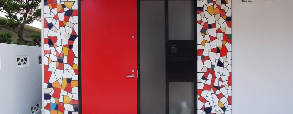 Fenêtres de style  par ユミラ建築設計室