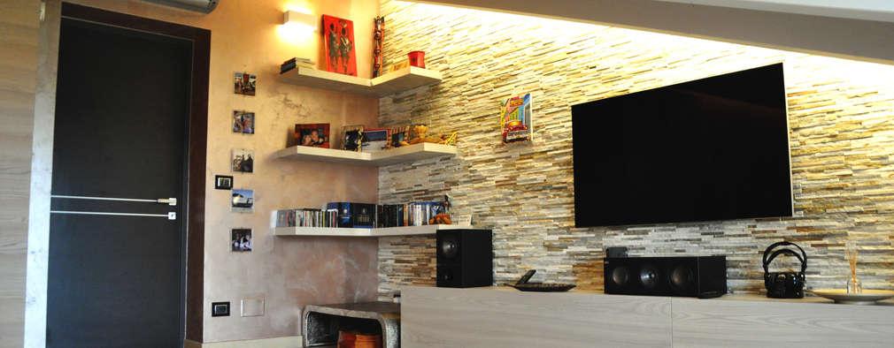 Salas de entretenimiento de estilo moderno por sposarchi