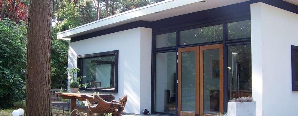 modern Houses by Bureau MT
