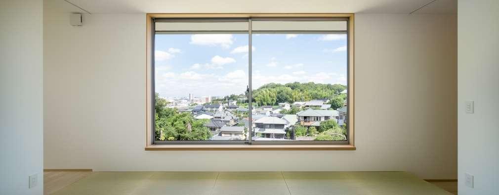 Phòng khách by 市原忍建築設計事務所 / Shinobu Ichihara Architects
