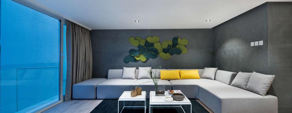 غرفة المعيشة تنفيذ Millimeter Interior Design Limited