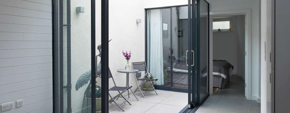 terrazas de estilo por e interiors