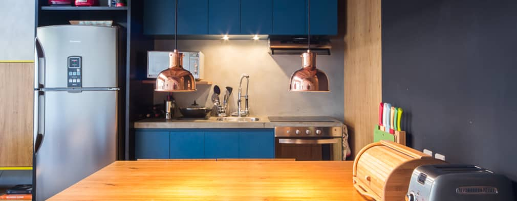 moderne Keuken door Casa100 Arquitetura