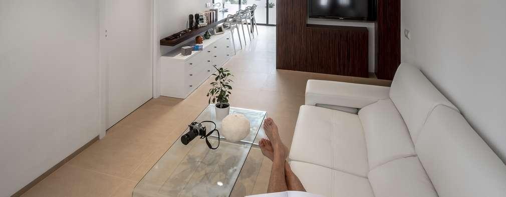Salas de estilo moderno por Selecta HOME