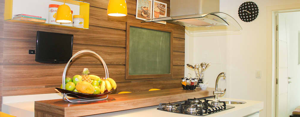 Cocinas de estilo moderno por Maestrelo Interiores