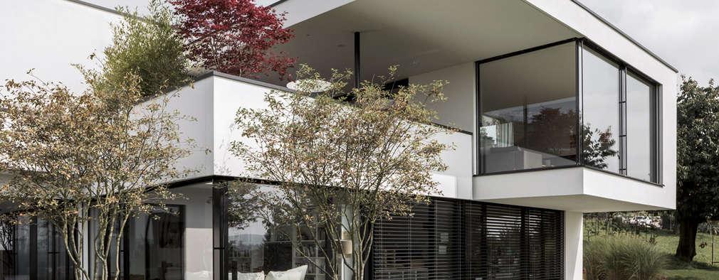 11 casas modernas con fachadas de cristal - Vajillas cuadradas modernas ...