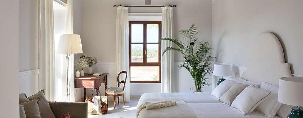 Dormitorios de estilo mediterraneo por Bloomint design