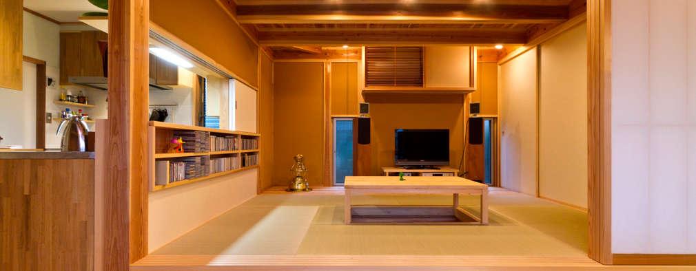 ห้องนั่งเล่น by shu建築設計事務所