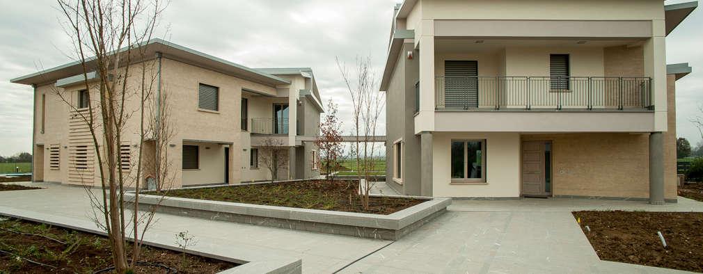 Projekty, nowoczesne Domy zaprojektowane przez Paolo Cavazzoli