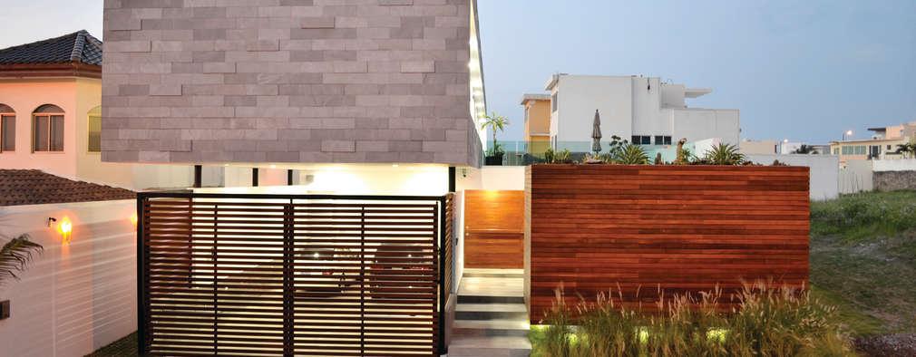 Projekty, nowoczesne Domy zaprojektowane przez OBRA BLANCA