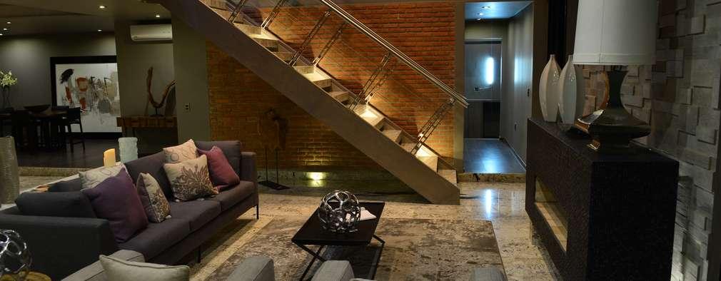 Salas / recibidores de estilo minimalista por Con Contenedores S.A. de C.V.
