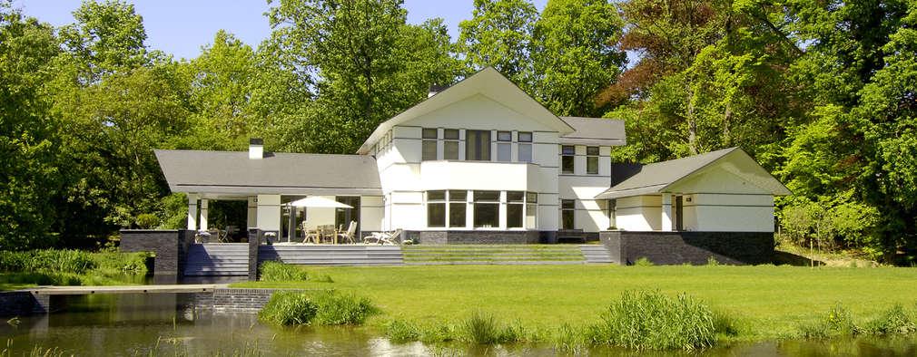 modern Garden by Van Hoogevest Architecten