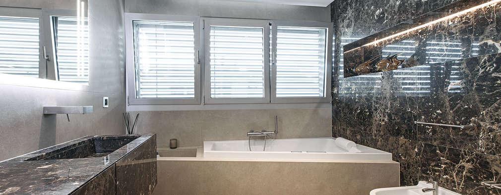 Baños de estilo moderno por studiodonizelli