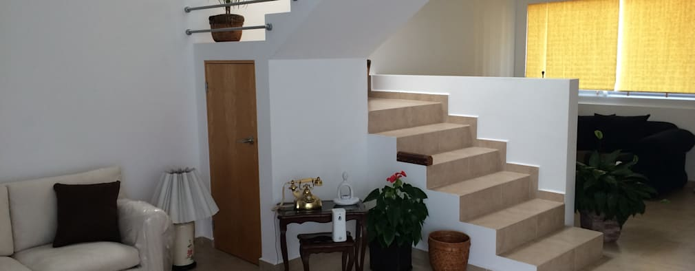 Ba o bajo la escalera 7 cosas que debes saber antes de for Escaleras con medio bano