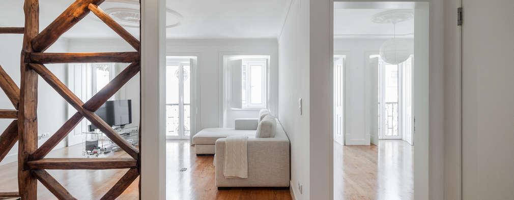 minimalistische Woonkamer door Vanessa Santos Silva | Arquiteta