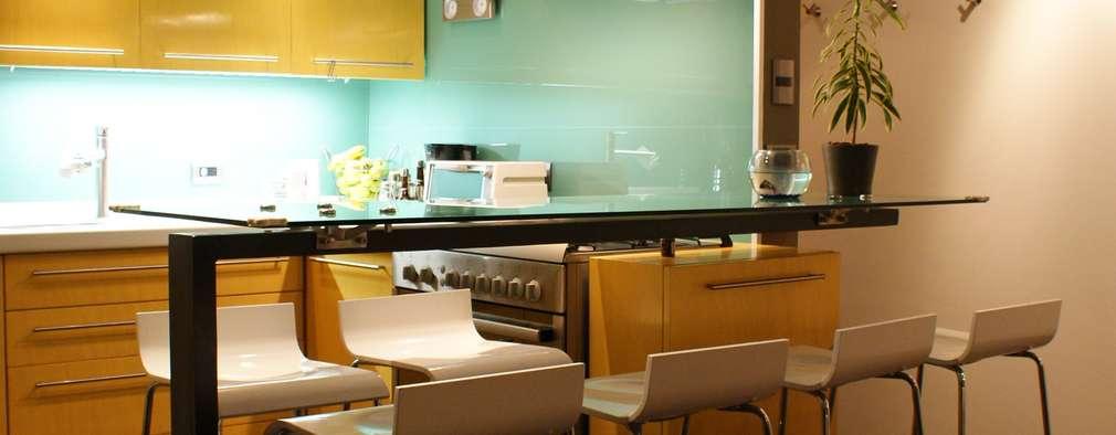 Cocinas de estilo minimalista por Interior 3 Arquitectura