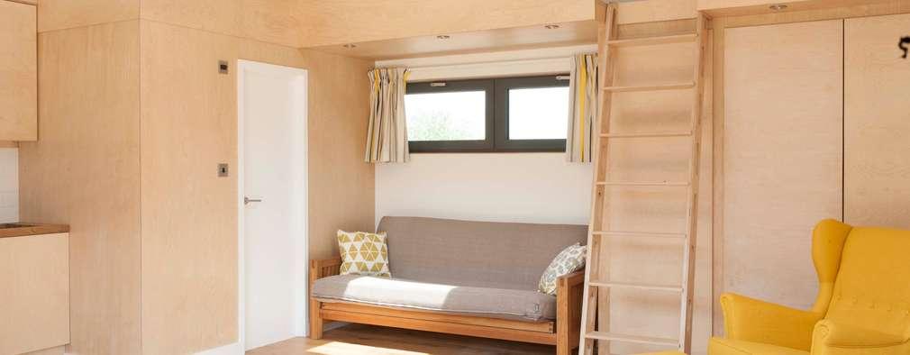 modern Garage/shed by Blankstone