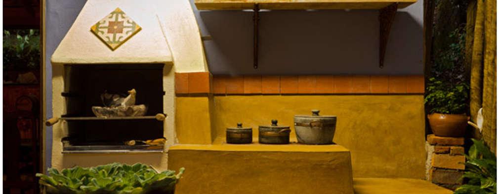 Cocinas de estilo rústico por MMMundim Arquitetura e Interiores